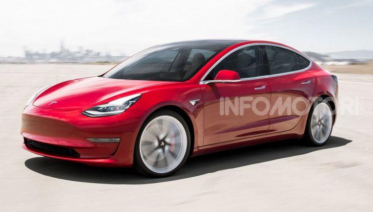 Una Tesla Model 3 a Capo Nord per testare la batteria - Foto 6 di 9