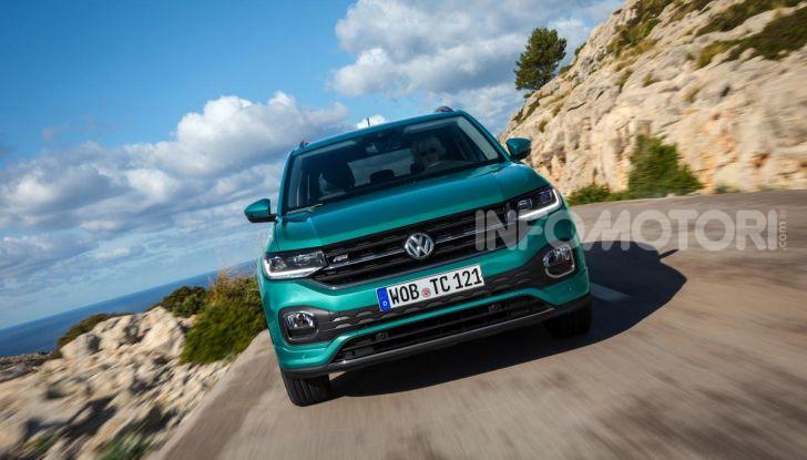 Prova Volkswagen T-Cross: il crossover comodo per far viaggiare il mercato - Foto 5 di 35