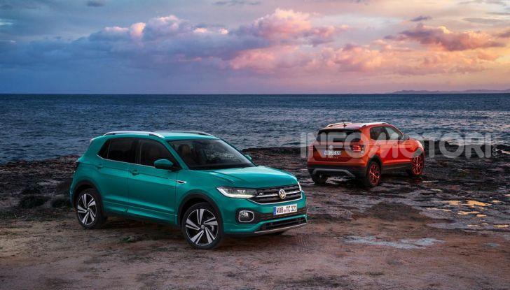 Prova Volkswagen T-Cross: il crossover comodo per far viaggiare il mercato - Foto 15 di 35