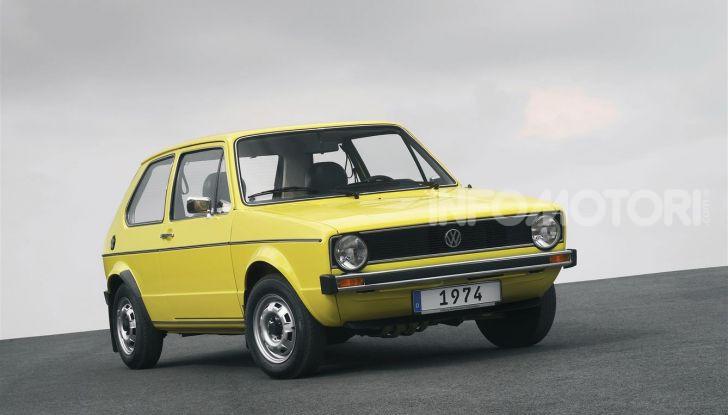Volkswagen Golf: 45 anni di storia in continua evoluzione - Foto 1 di 12