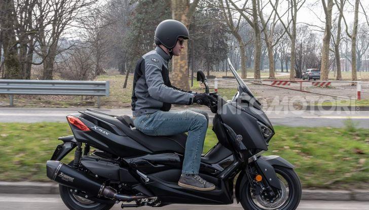 Comparativa scooter 400: Suzuki Burgman, Yamaha XMAX e BMW C400X - Foto 58 di 61