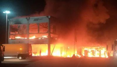 Incendio distrugge paddock della MotoE: mondiale a rischio