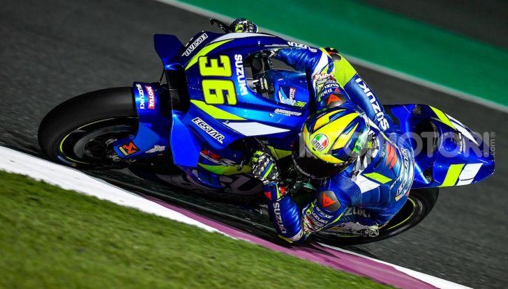 In Qatar si parla italiano: Dovizioso su Ducati conquista il primo GP dell'anno - Foto 9 di 10