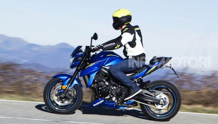 Suzuki GSX-S750 Yugen si fa in due: ecco le versioni Titanium e Carbon - Foto 3 di 8