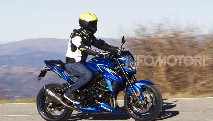 Suzuki GSX-S750 Yugen si fa in due: ecco le versioni Titanium e Carbon - Foto 4 di 8