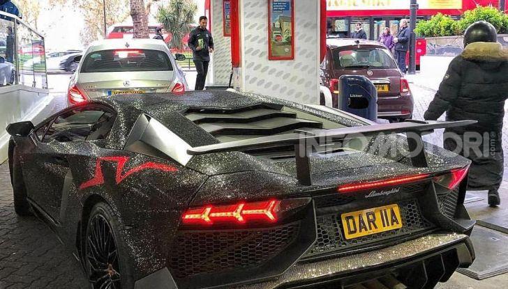 La Lamborghini Aventador SV di una ragazza russa con 2 milioni di Swarovski - Foto 2 di 5