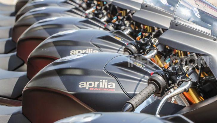Test in pista Aprilia RSV4 Factory 1100, invecchiando migliora più di un buon vino! - Foto 54 di 65
