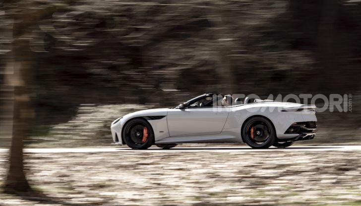 Aston Martin DBS Superleggera: arriva la versione Volante - Foto 4 di 12