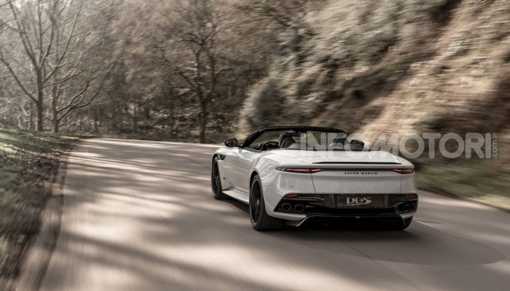 Aston Martin DBS Superleggera: arriva la versione Volante - Foto 7 di 12
