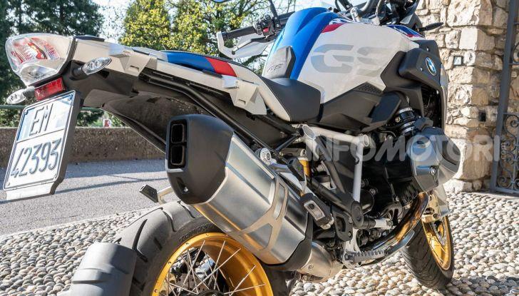 Prova BMW R 1250 GS 2019: la regina è ancora più nuova con lo ShiftCam - Foto 18 di 48