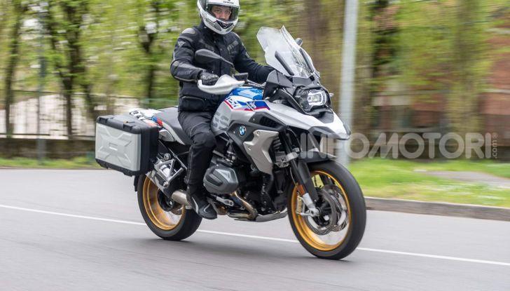Prova BMW R 1250 GS 2019: la regina è ancora più nuova con lo ShiftCam - Foto 28 di 48