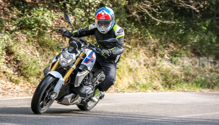Prova BMW R 1250 R 2019: la ShiftCam arriva anche sulla Naked! - Foto 17 di 45