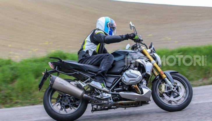 Prova BMW R 1250 R 2019: la ShiftCam arriva anche sulla Naked! - Foto 26 di 45