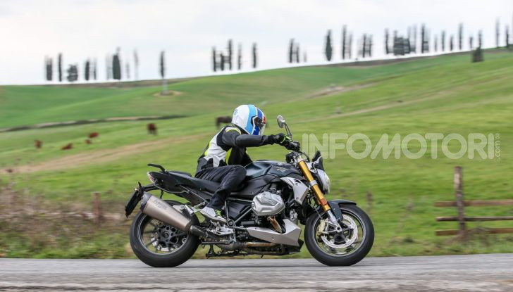 Prova BMW R 1250 R 2019: la ShiftCam arriva anche sulla Naked! - Foto 28 di 45