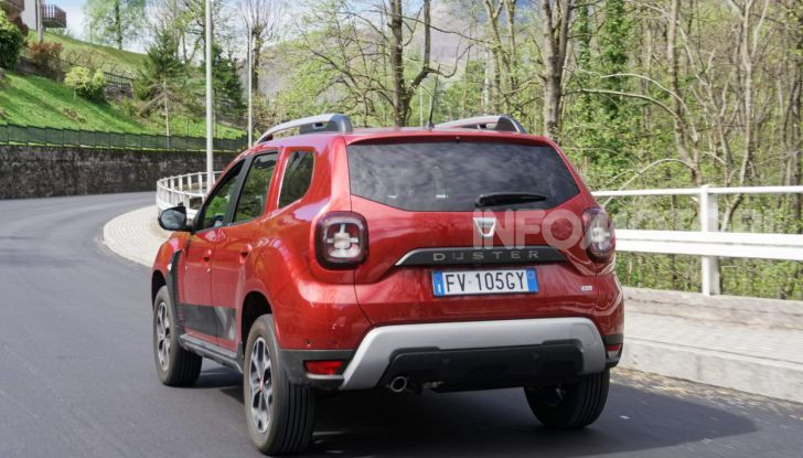 """Prova video Dacia Duster Techroad: il SUV low cost """"speciale"""" - Foto 16 di 61"""