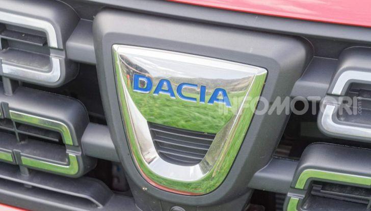 """Prova video Dacia Duster Techroad: il SUV low cost """"speciale"""" - Foto 46 di 61"""