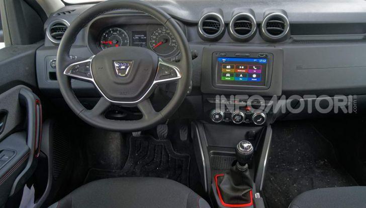 Dacia Duster Techroad interni