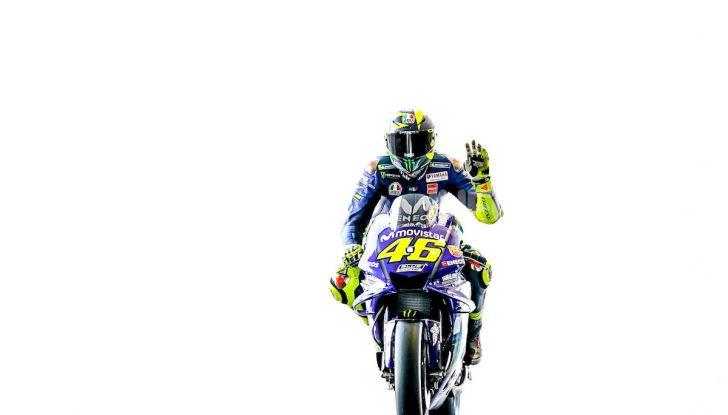 Dainese vi porta in pista con Valentino Rossi col Riding Master - Foto 1 di 4