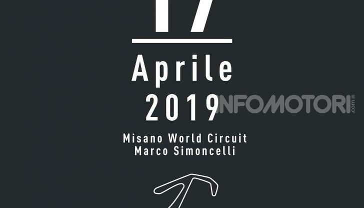 Dainese vi porta in pista con Valentino Rossi col Riding Master - Foto 4 di 4