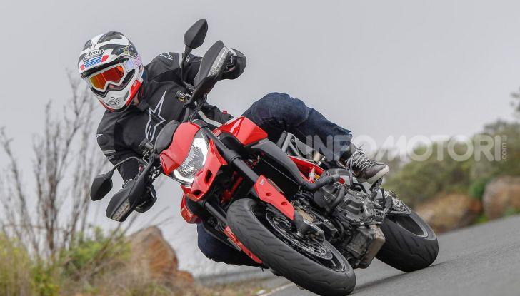 Prova su strada Ducati Hypermotard 950 e 950SP 2019: caratteristiche, opinioni e prezzi - Foto 3 di 54