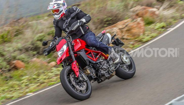 Prova su strada Ducati Hypermotard 950 e 950SP 2019: caratteristiche, opinioni e prezzi - Foto 4 di 54