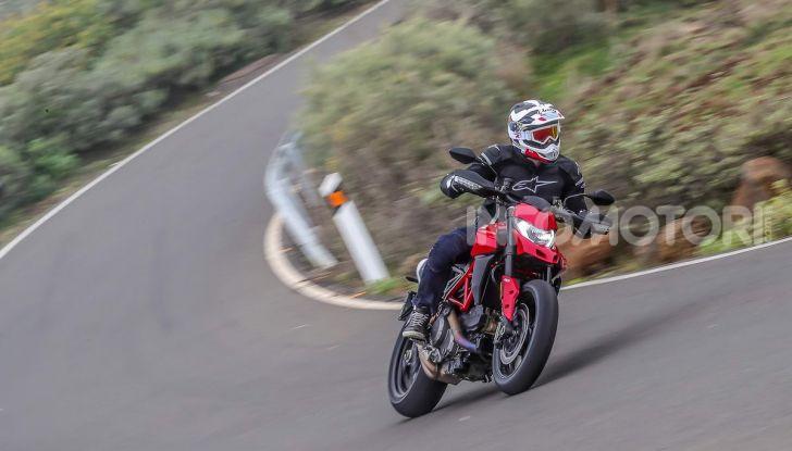 Prova su strada Ducati Hypermotard 950 e 950SP 2019: caratteristiche, opinioni e prezzi - Foto 5 di 54