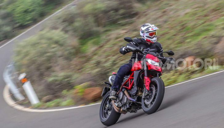 Prova su strada Ducati Hypermotard 950 e 950SP 2019: caratteristiche, opinioni e prezzi - Foto 6 di 54