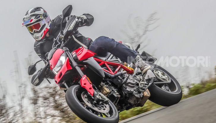 Prova su strada Ducati Hypermotard 950 e 950SP 2019: caratteristiche, opinioni e prezzi - Foto 8 di 54