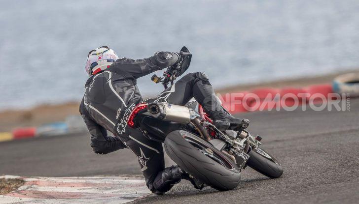 Prova su strada Ducati Hypermotard 950 e 950SP 2019: caratteristiche, opinioni e prezzi - Foto 9 di 54