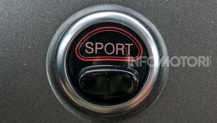 Prova Abarth 595 Turismo: potenza e stile per la piccola sportiva italiana - Foto 18 di 41