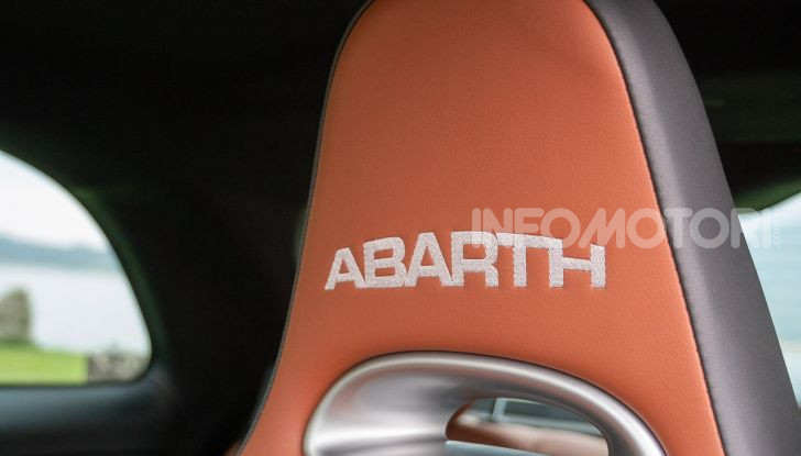 Prova Abarth 595 Turismo: potenza e stile per la piccola sportiva italiana - Foto 27 di 41