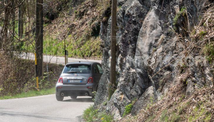 Prova Abarth 595 Turismo: potenza e stile per la piccola sportiva italiana - Foto 31 di 41
