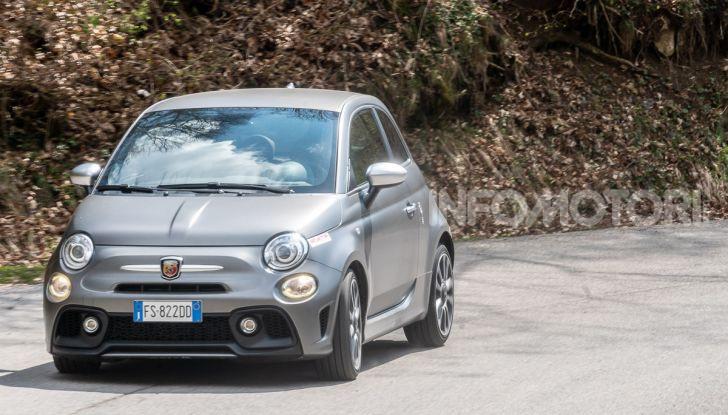 Prova Abarth 595 Turismo: potenza e stile per la piccola sportiva italiana - Foto 33 di 41