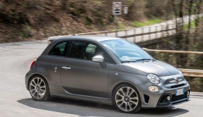 Prova Abarth 595 Turismo: potenza e stile per la piccola sportiva italiana