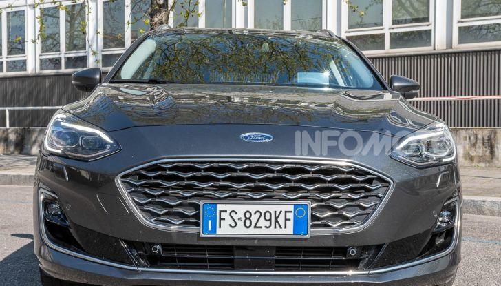 Prova Ford Focus SW Vignale 1.0 EcoBoost 125 cv: esperienza Ford all'ennesima potenza - Foto 1 di 41