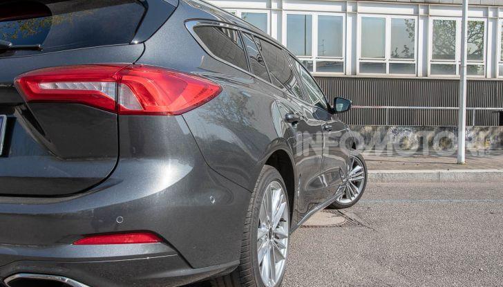 Prova Ford Focus SW Vignale 1.0 EcoBoost 125 cv: esperienza Ford all'ennesima potenza - Foto 13 di 41