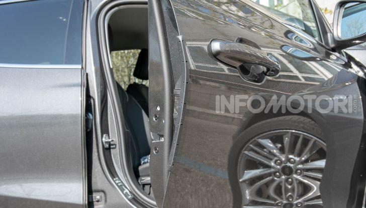 Prova Ford Focus SW Vignale 1.0 EcoBoost 125 cv: esperienza Ford all'ennesima potenza - Foto 15 di 41