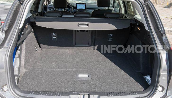 Prova Ford Focus SW Vignale 1.0 EcoBoost 125 cv: esperienza Ford all'ennesima potenza - Foto 19 di 41