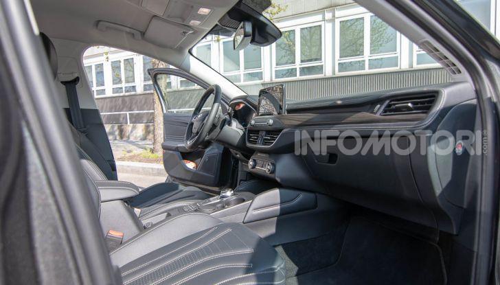 Prova Ford Focus SW Vignale 1.0 EcoBoost 125 cv: esperienza Ford all'ennesima potenza - Foto 31 di 41