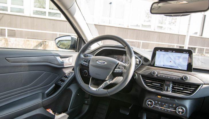 Prova Ford Focus SW Vignale 1.0 EcoBoost 125 cv: esperienza Ford all'ennesima potenza - Foto 35 di 41