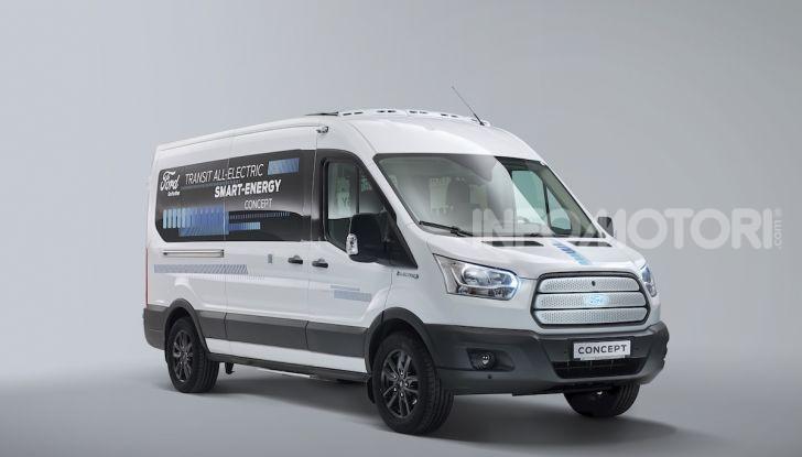 Ford Transit Smart Energy Concept: 10 posti ma zero emissioni - Foto 3 di 4