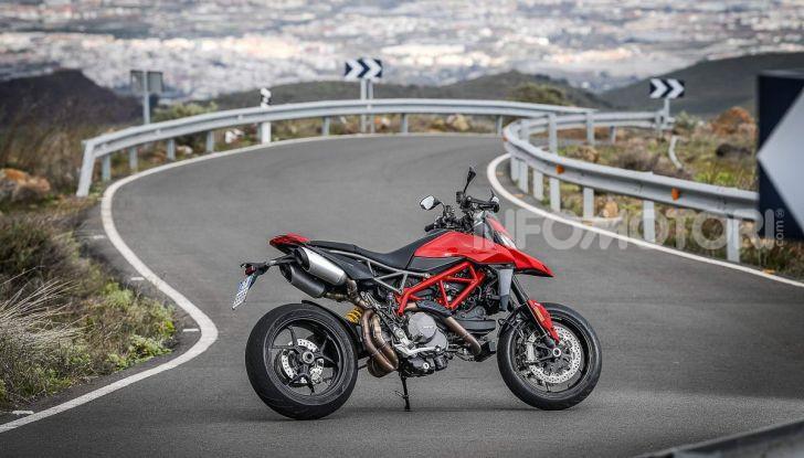 Prova su strada Ducati Hypermotard 950 e 950SP 2019: caratteristiche, opinioni e prezzi - Foto 35 di 54