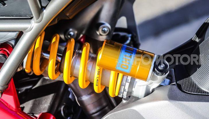 Prova su strada Ducati Hypermotard 950 e 950SP 2019: caratteristiche, opinioni e prezzi - Foto 47 di 54