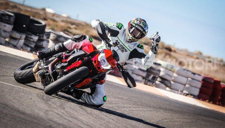 Prova su strada Ducati Hypermotard 950 e 950SP 2019: caratteristiche, opinioni e prezzi - Foto 54 di 54