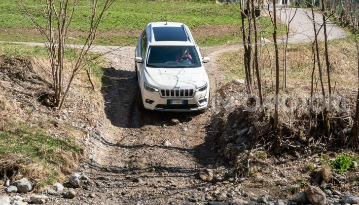 Jeep Cherokee Overland, 2.2 MJT 4X4 la prova di un'icona americana - Foto 23 di 51