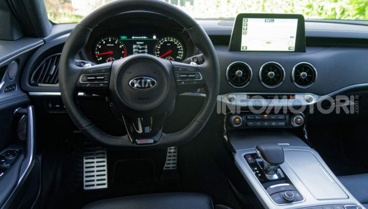 Kia Stinger GT interni
