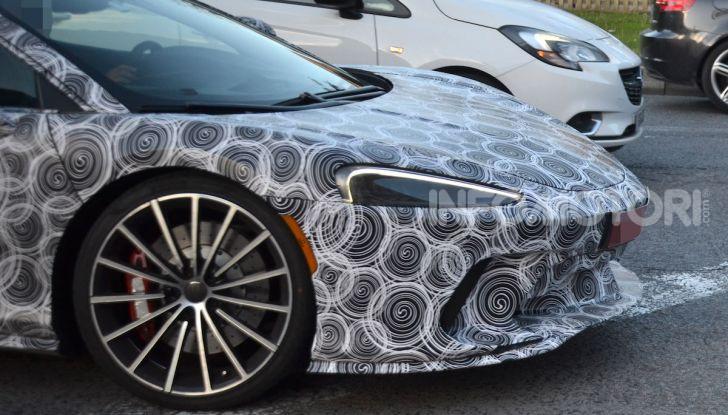 McLaren Grand Tourer 2020, prime immagini e dati tecnici - Foto 4 di 13