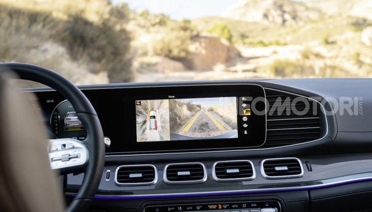 Mercedes GLS 2019: il nuovo SUV ammiraglio della casa tedesca - Foto 11 di 70