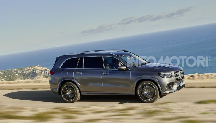 Mercedes GLS 2019: il nuovo SUV ammiraglio della casa tedesca - Foto 30 di 70