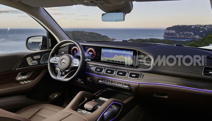 Mercedes GLS 2019: il nuovo SUV ammiraglio della casa tedesca - Foto 36 di 70
